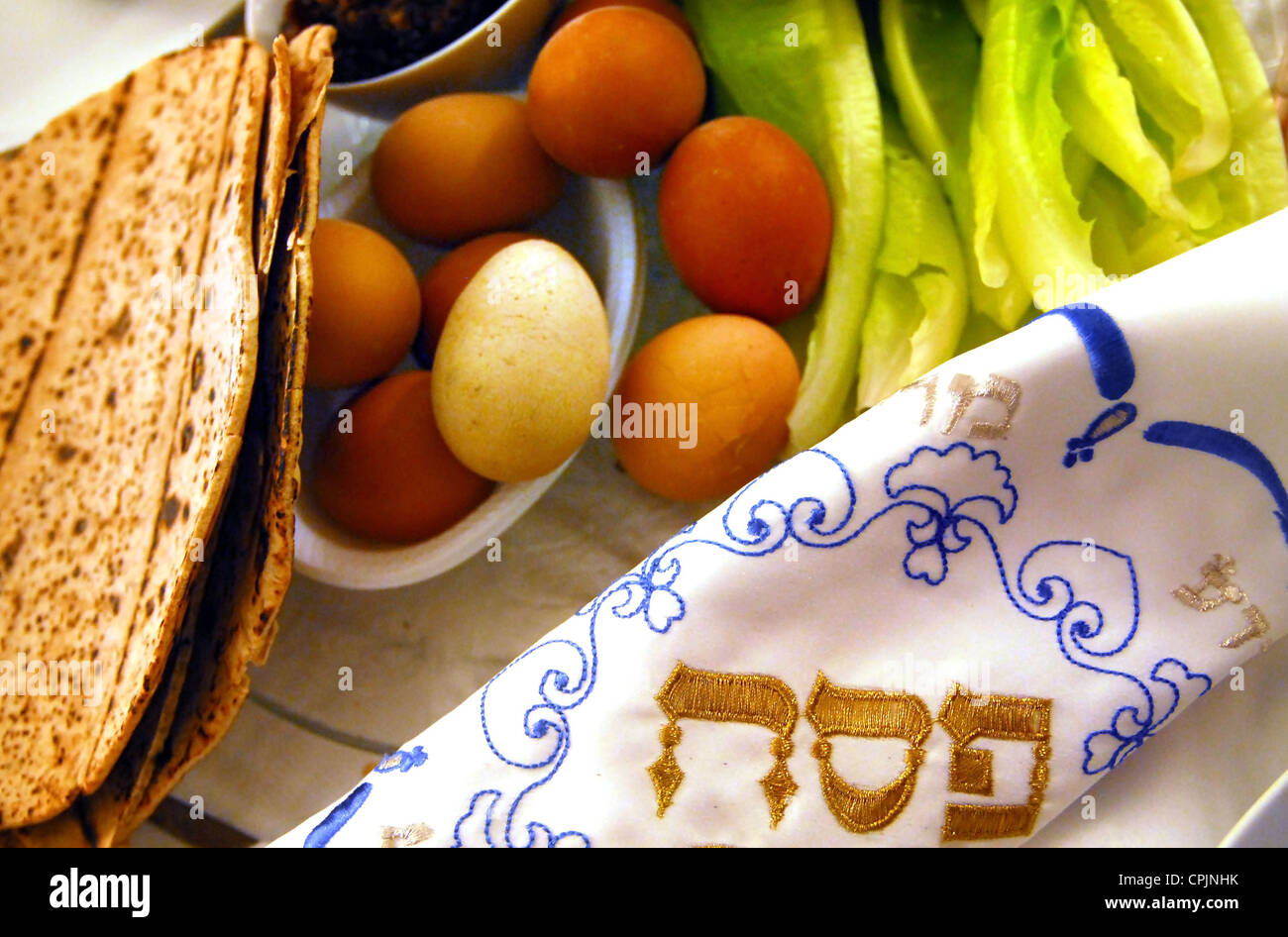 Table Ready For Traditional Seder Ritual during the Jewish holiday of Passover. - Stock Image