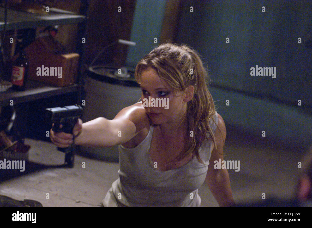 HOUSE AT THE END OF THE STREET (2012) JENNIFER LAWRENCE, MARK TONDERAI (DIR) 002 MOVIESTORE COLLECTION LTD - Stock Image