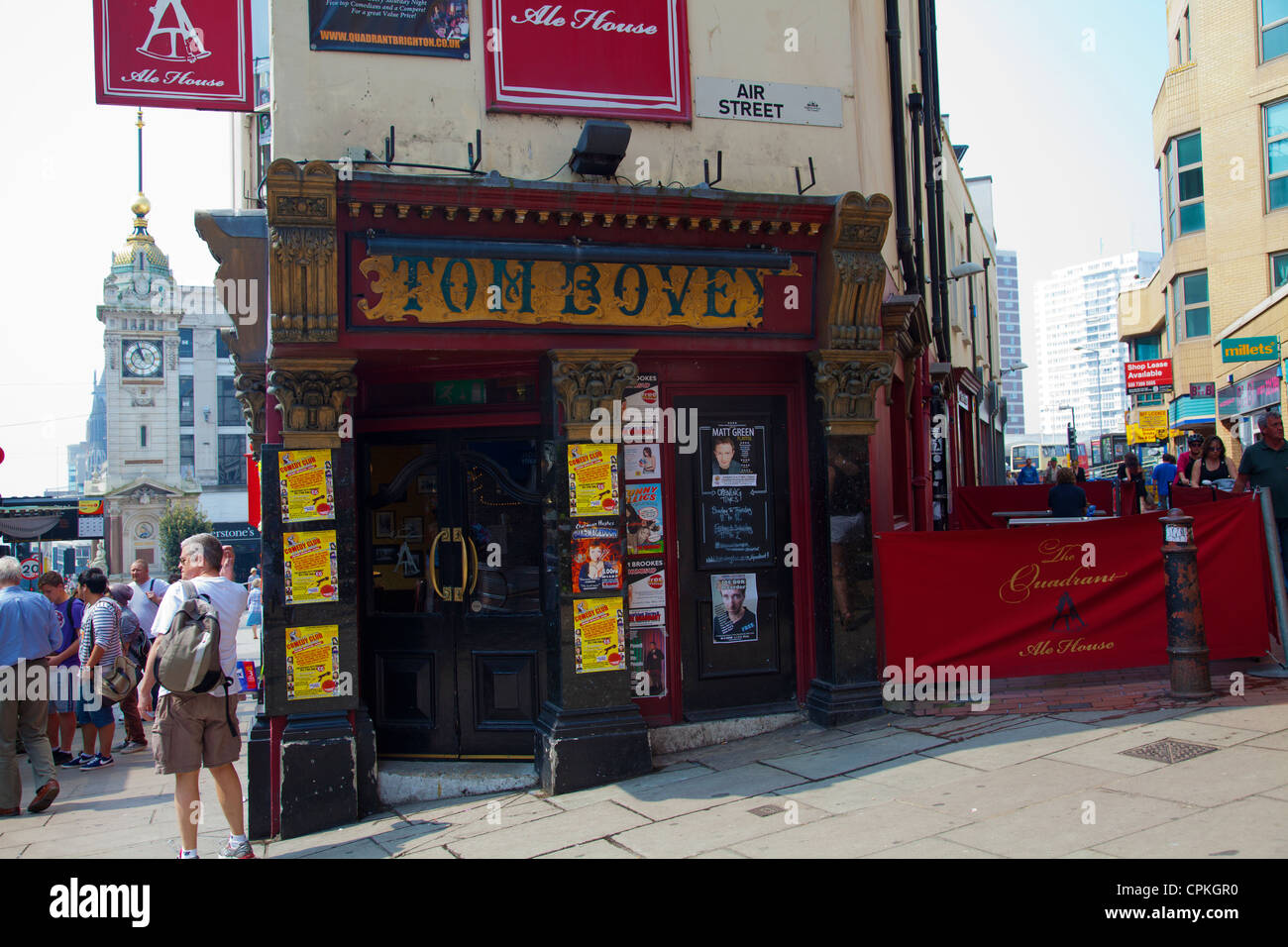 Tom Bovey Pub/ Quadrant Ale House on Cnr of Air and Queens St - Brighton UK - Stock Image