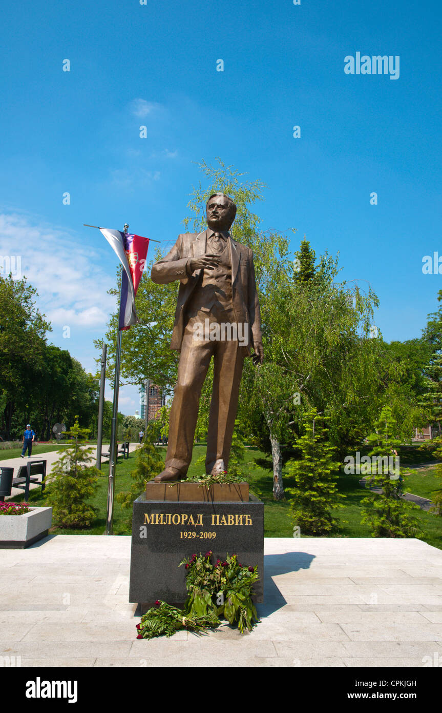Statue of writer Milorad Pavic in Park Tasmajdan central Belgrade Serbia Europe - Stock Image