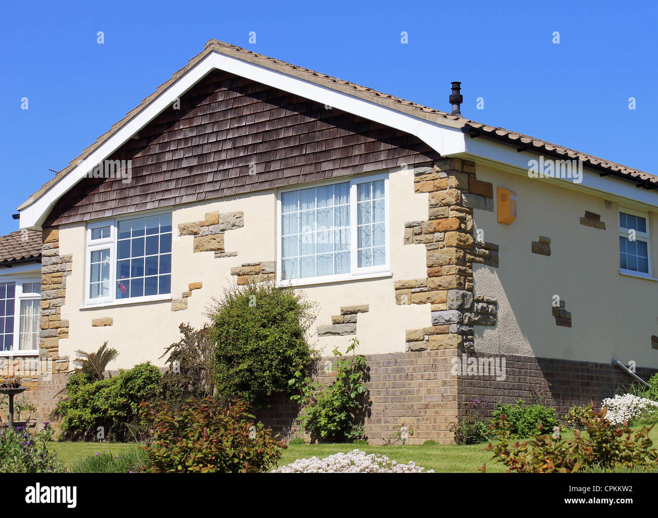 Facade Of Bungalow House High Resolution Stock Photography And Images Alamy