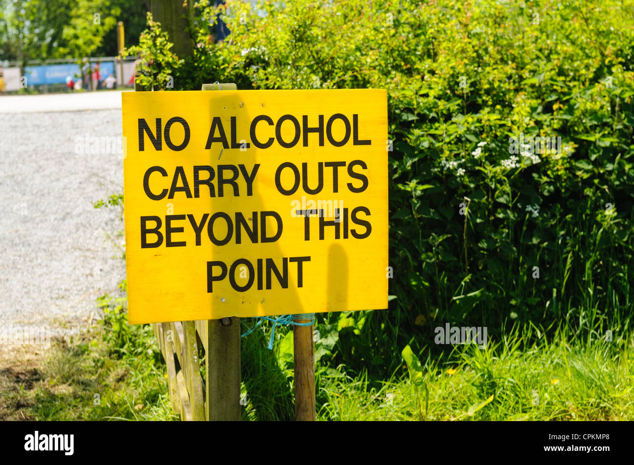 Sign warning that no alcohol carry outs beyond this point - Stock Image