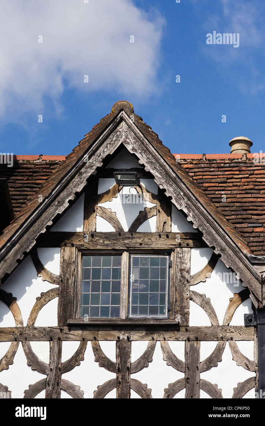 Window of the Garrick Inn, Stratford-upon Avon. - Stock Image