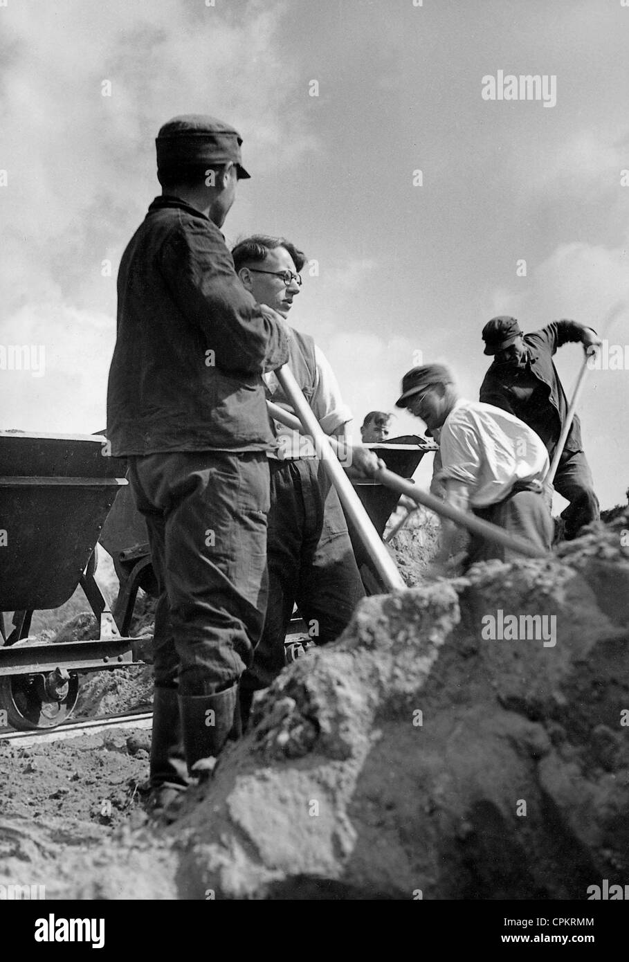 Members of the Reich Labour Service [Reichsarbeitsdienst, RAD] - Stock Image