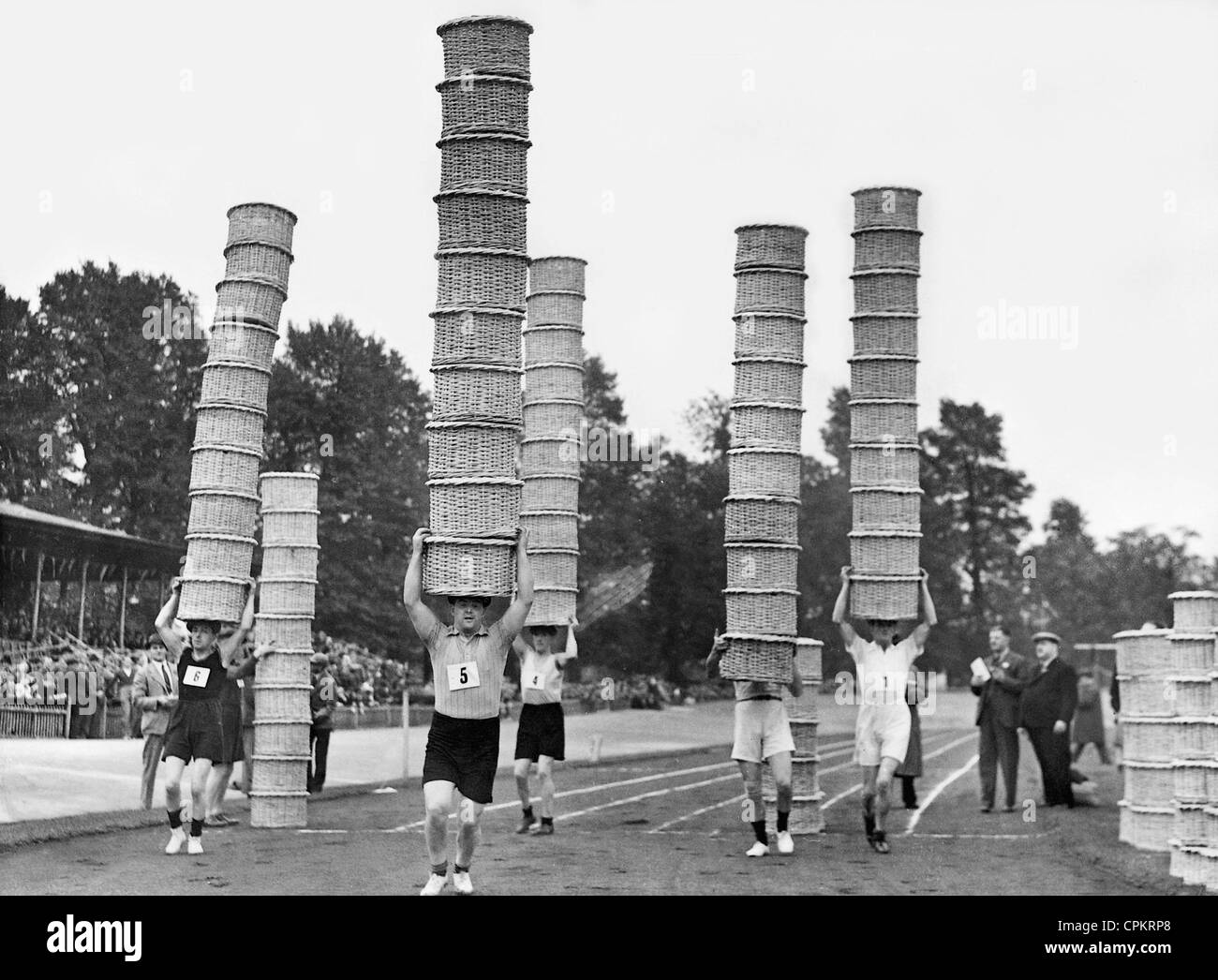 Competition of market carriers in London, 1938 - Stock Image