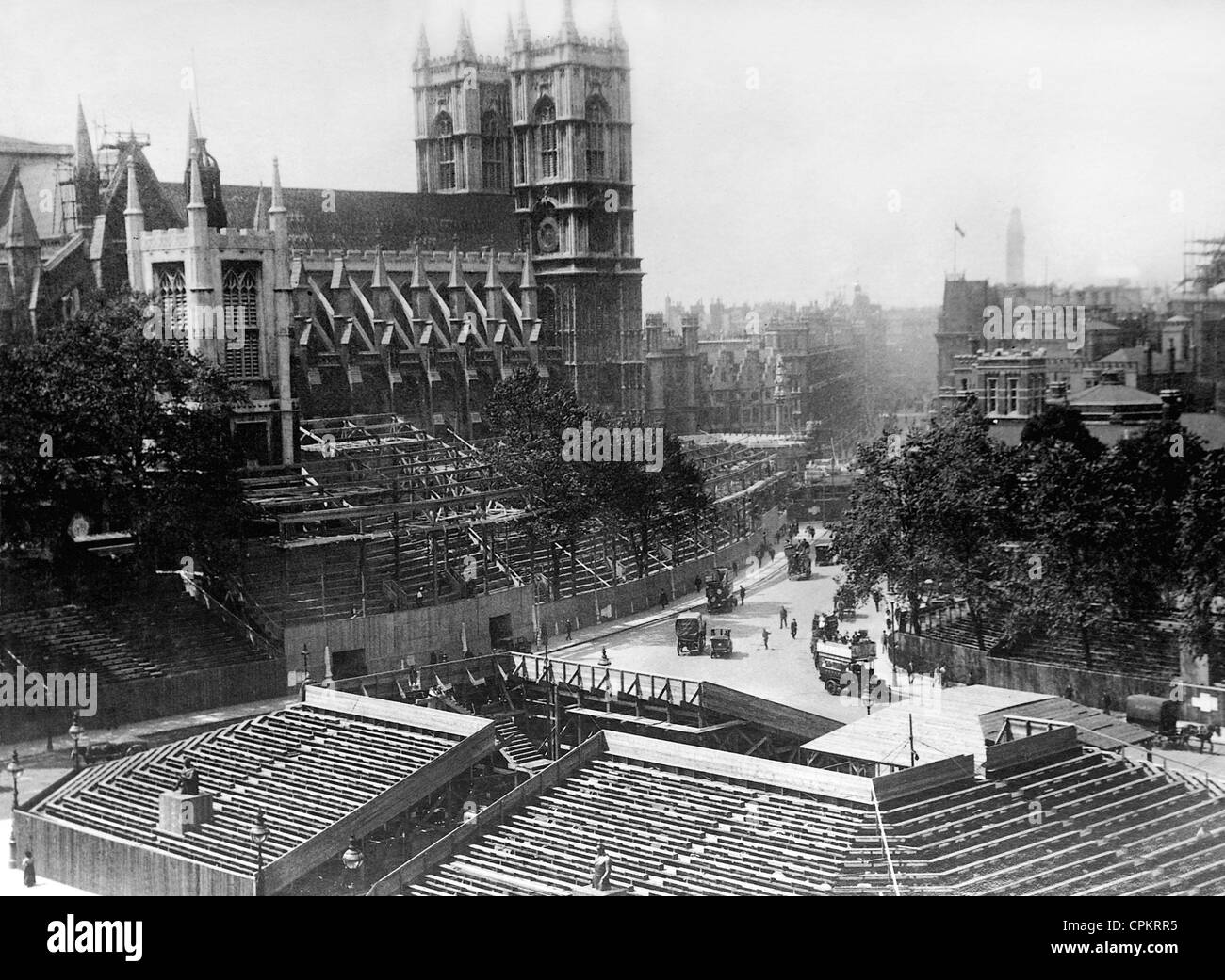 Wood grandstands in front of Westminster Abbey, 1911 - Stock Image