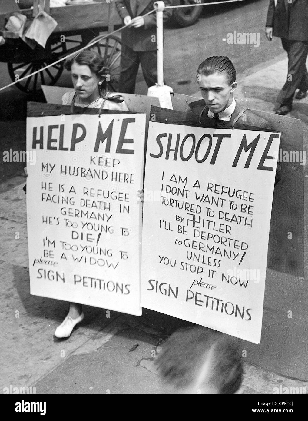 Otto Richter, a German Jew, and his wife protest against his deportation to Germany by the US immigration authorities,Stock Photo