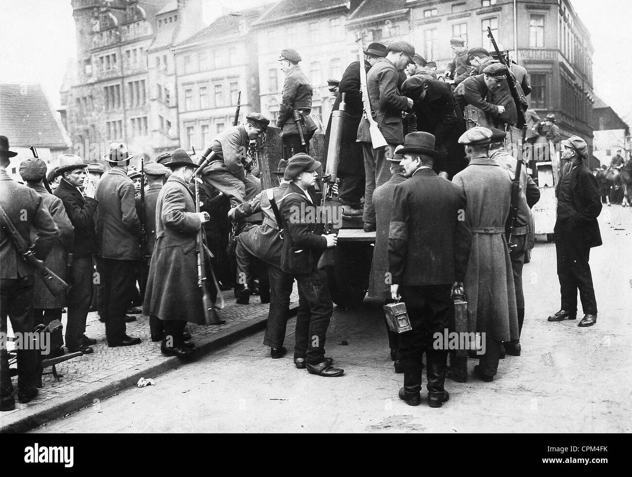 Members of the Red Army during the communist uprising in the Ruhr region, 1920 - Stock Image