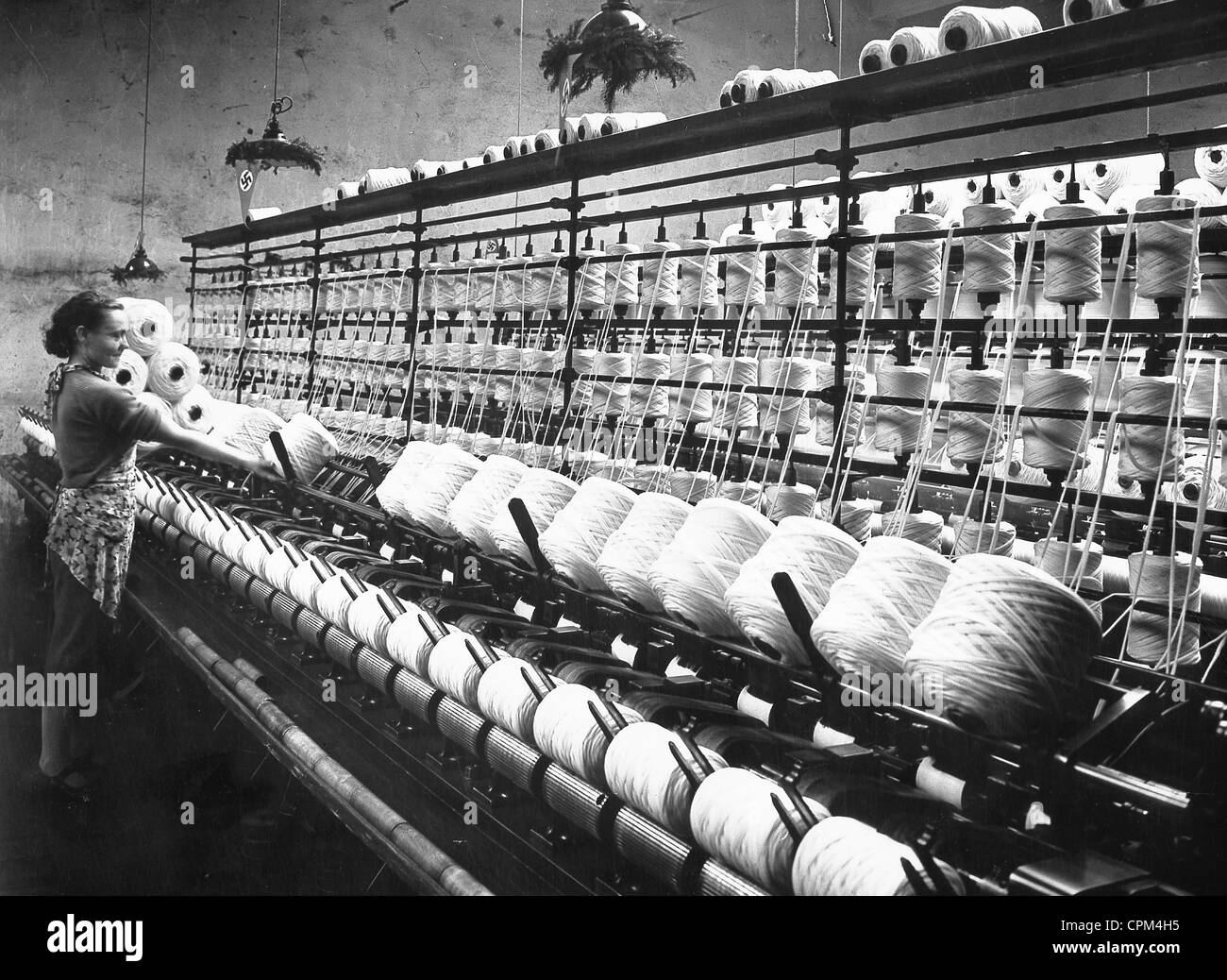 Textile production in Czechoslovakia, 1938 - Stock Image