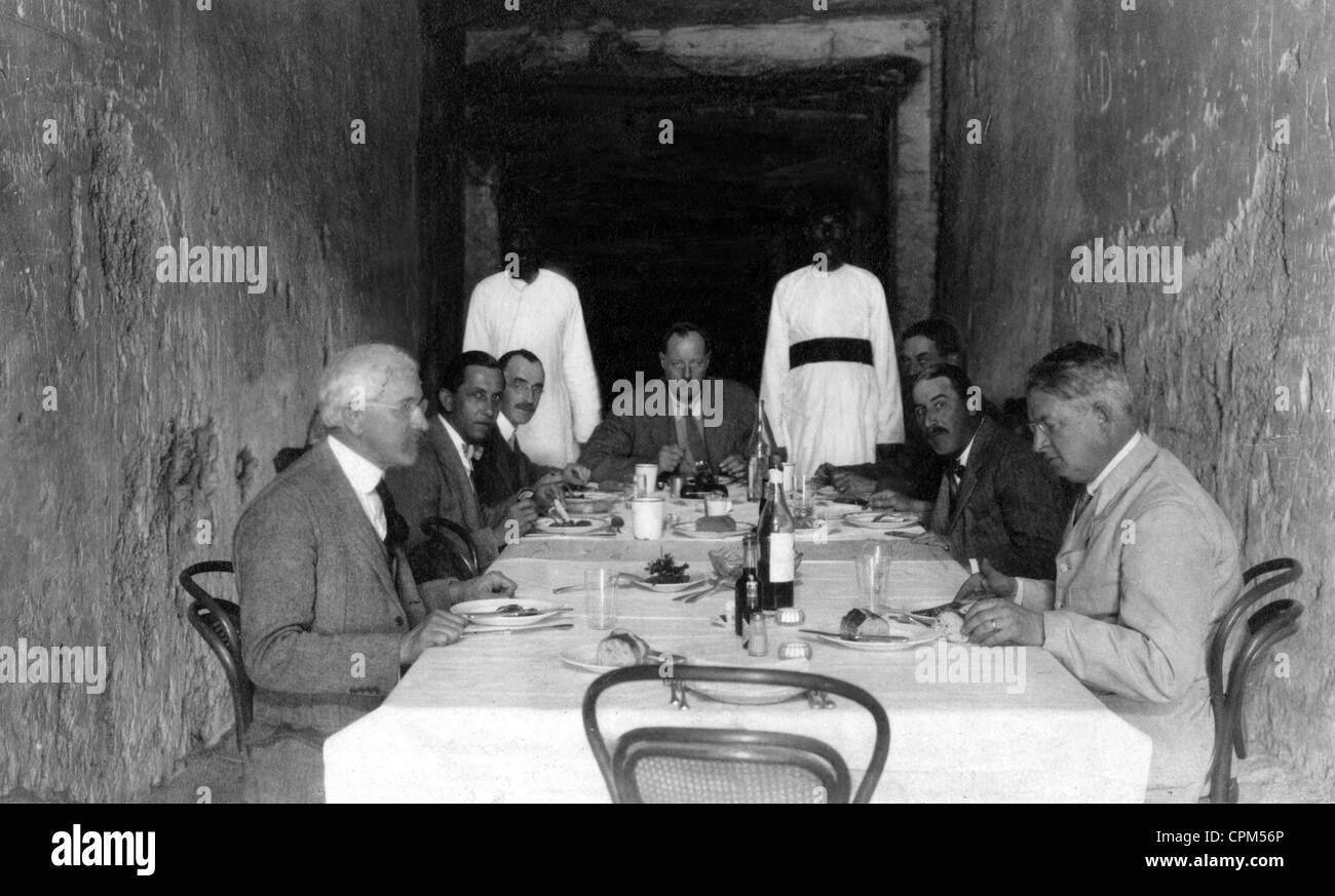Feast at Tut-Ench-Amun's grave in Egypt, 1924 - Stock Image