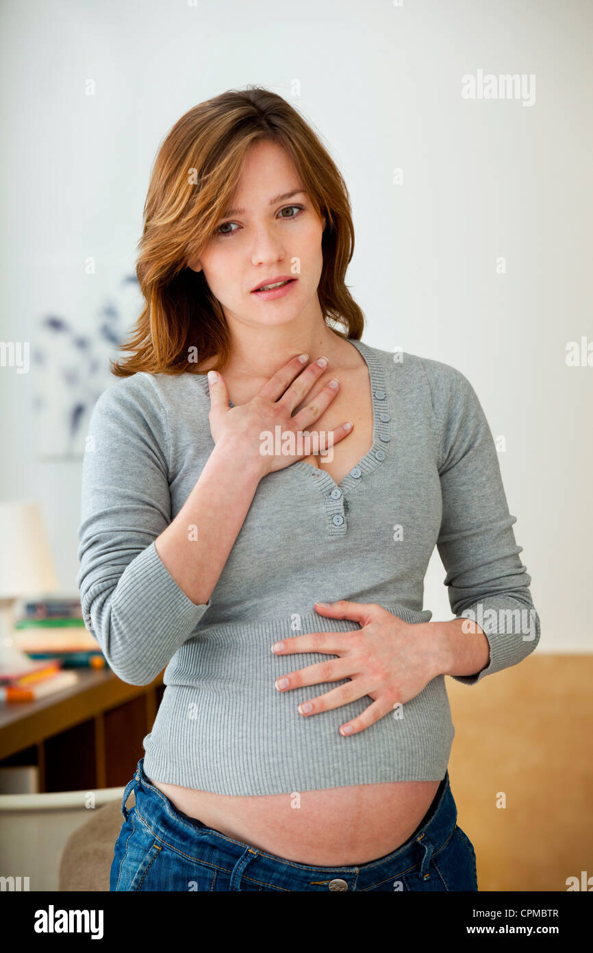 ASTHMA PREGNANT WOMAN - Stock Image