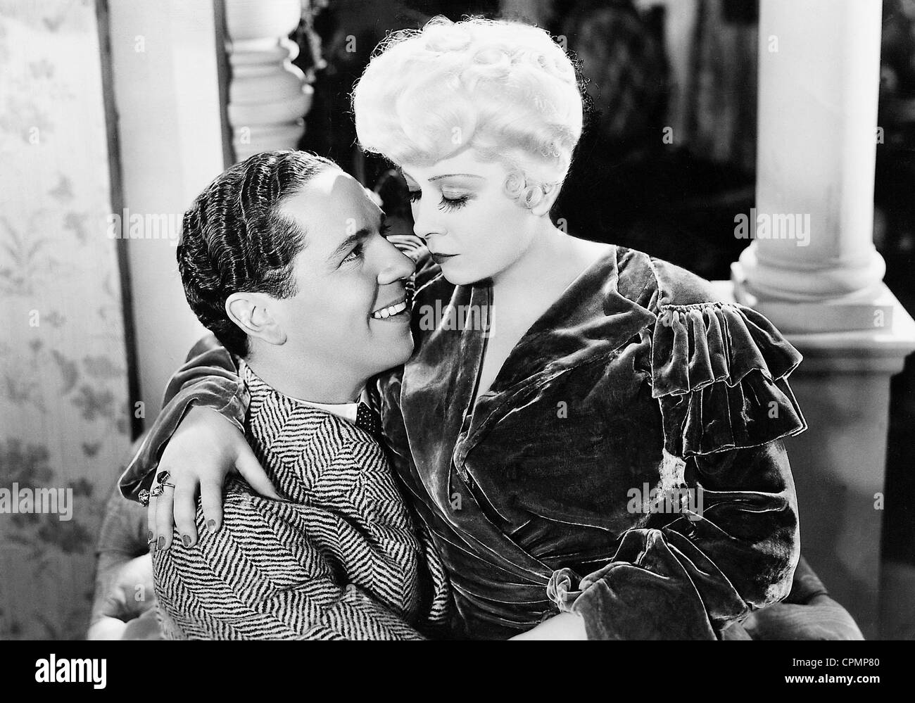 Roger Pryor and Mae West in 'It's not a sin', 1934 - Stock Image