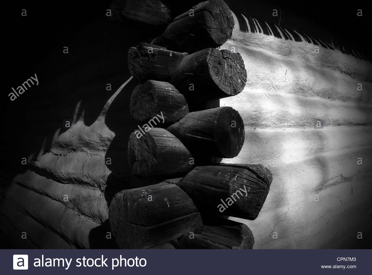 External log ends of timber peasant house at Village Museum. (Muzeul National al Satului Dimitrie Gusti) in Bucharest - Stock Image