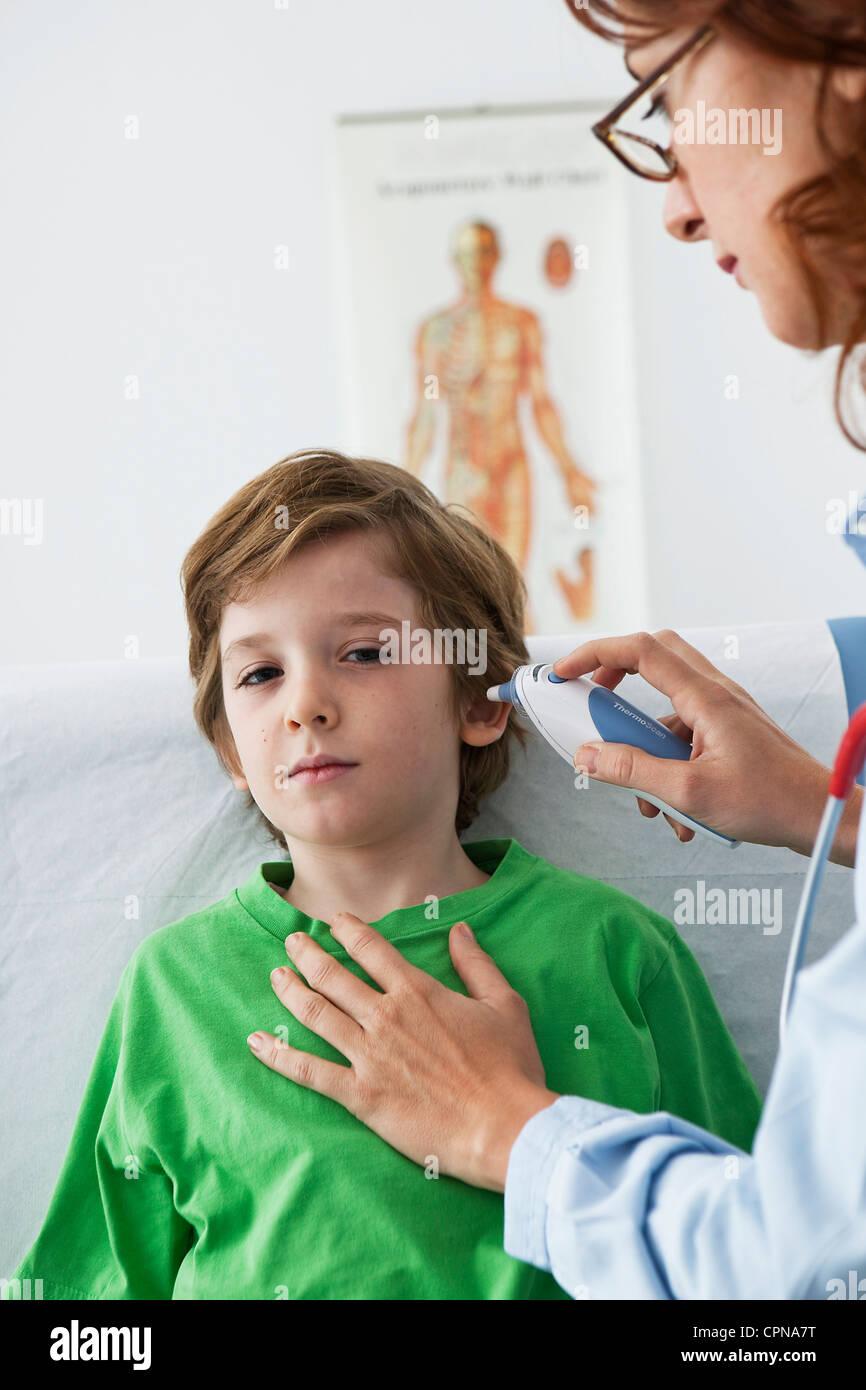 TEMPERATURE, CHILD - Stock Image
