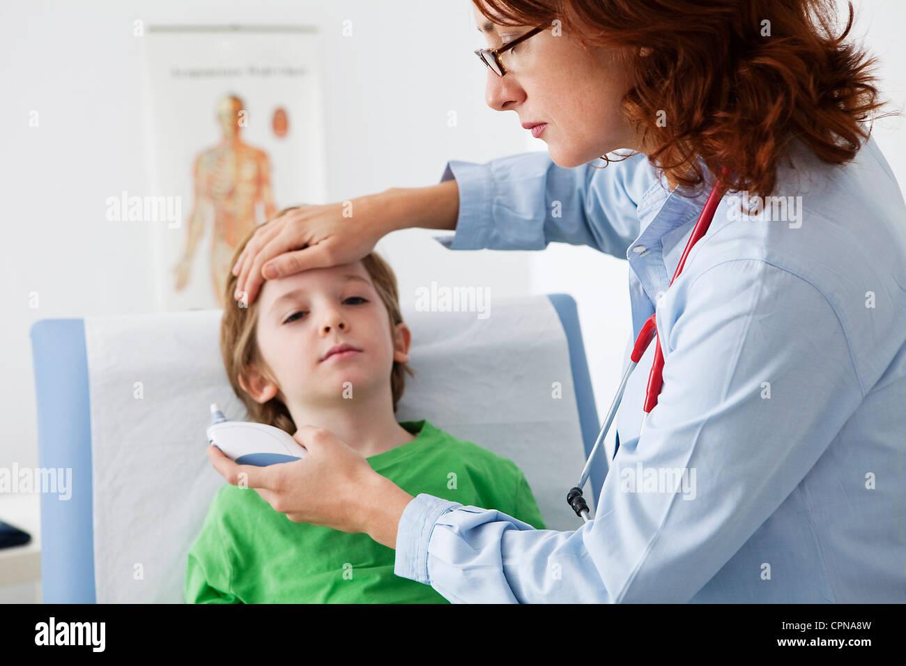 TEMPERATURE, CHILD Stock Photo