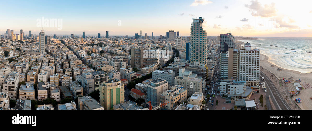 Middle East, Israel, Tel Aviv, elevated city view towards the commercial and business centre - Stock Image
