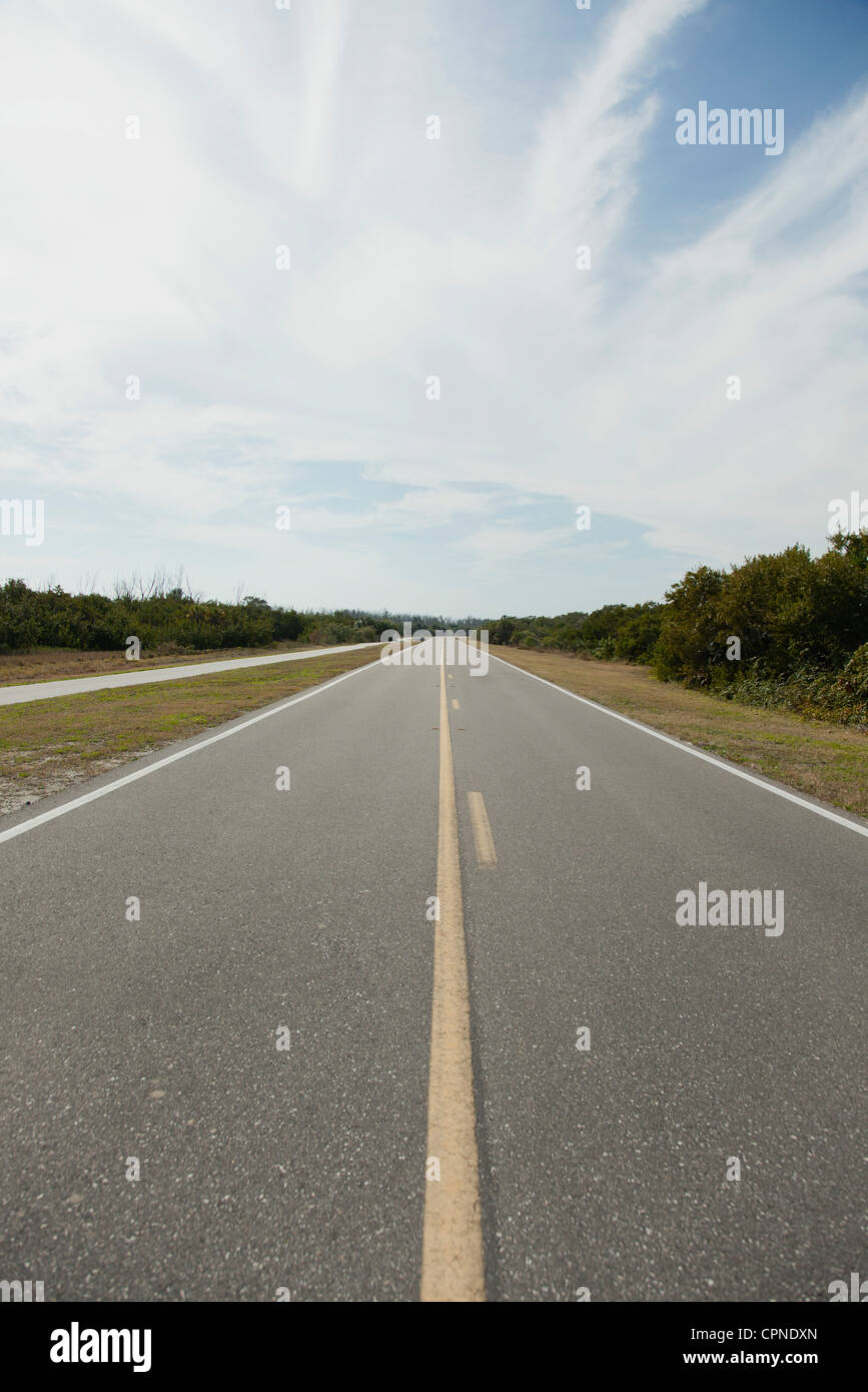 Deserted stretch of highway - Stock Image