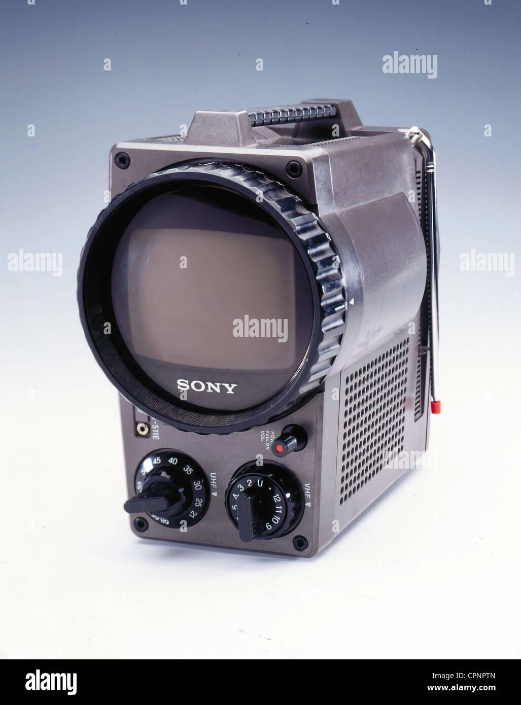 Transistor Television Set Stock Photos Simple Intercom Using Tree Transistors Broadcast Portable Sony Tv 511 E With In