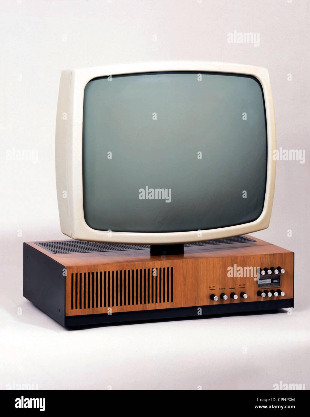 broadcast, television, Wega television set Wegavision 3000 L, with swivelling picture tube, Germany, 1966, Additional - Stock Image