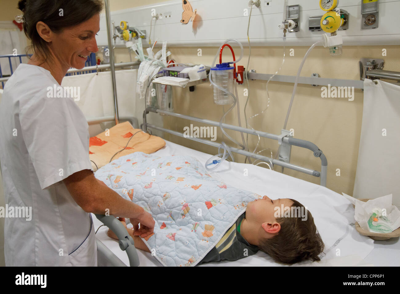 RESUSCITATION, CHILD - Stock Image