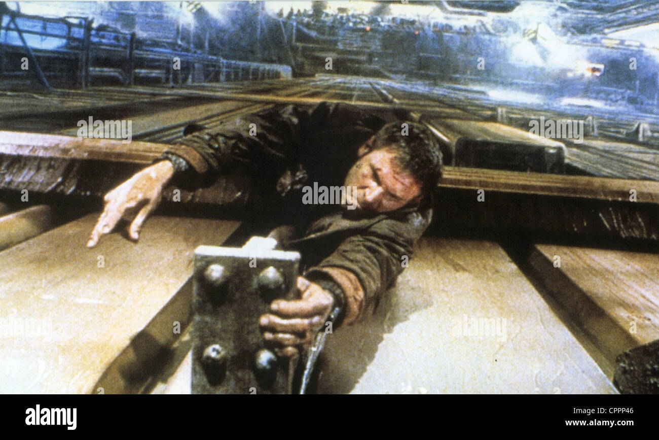 BLADE RUNNER  1982 Warner Bros film with Harrison Ford directed by Ridley Scott - Stock Image