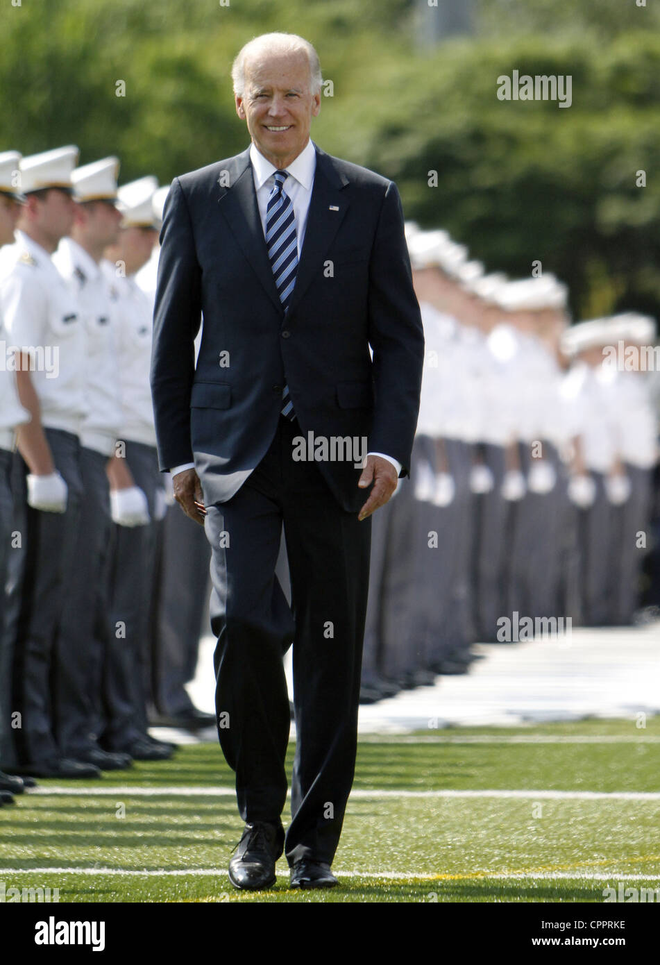 Vice President Joe Biden reviews the troops during graduation ceremonies at the US Military Academy May 26, 2012 - Stock Image