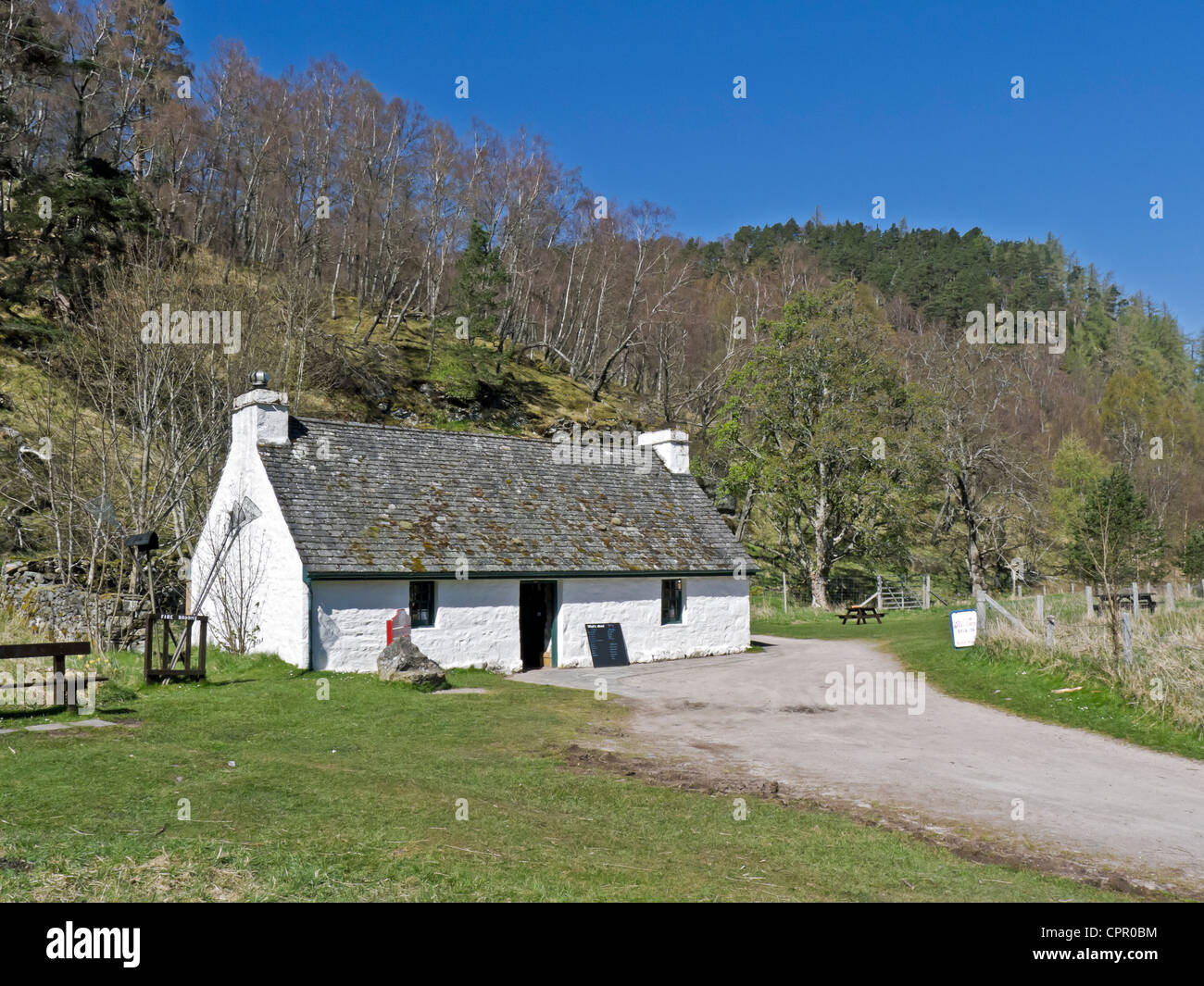 Old cottage now containing the visitor centre at Loch an Eilein in Rothiemurchus Speyside Scotland - Stock Image