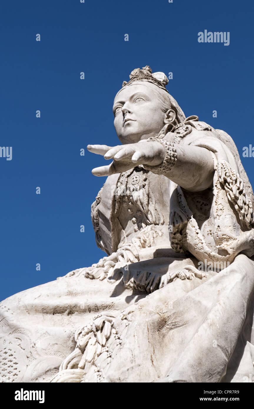Statue of Queen Victoria I. in Republic Square, also known as Queens Square in Valletta, Malta. - Stock Image