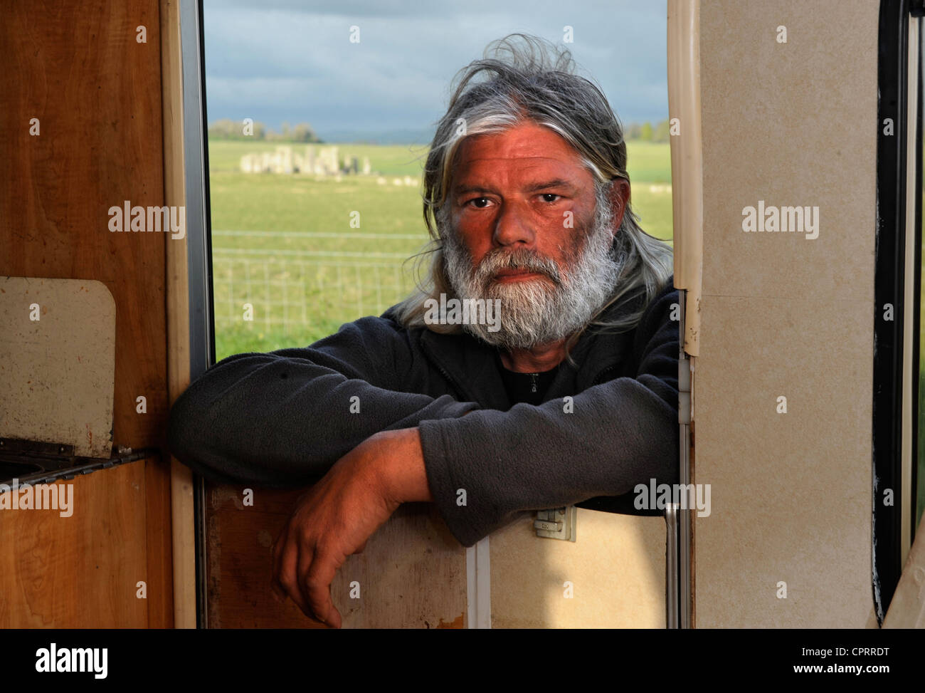 The Druid Arthur Pendragon who lives in a caravan near to Stonehenge as a vigil at the ancient Wiltshire site Uk - Stock Image