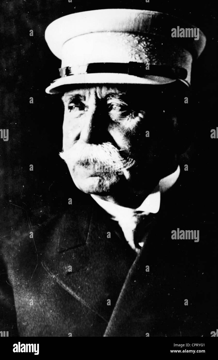 Zeppelin, Ferdinand Count of , 8.7.1838 - 8.3.1917, German aeronautic pioneer, portrait, circa 1900, Additional - Stock Image