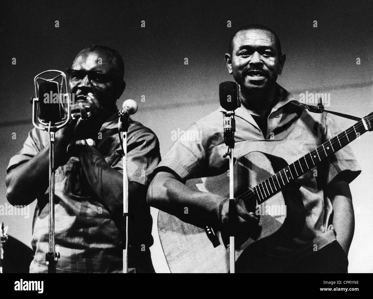 McGhee, Walter Brown 'Brownie', 30.11 1915 - 16.2.1996, American musician and singer, with Sonny Terry, - Stock Image