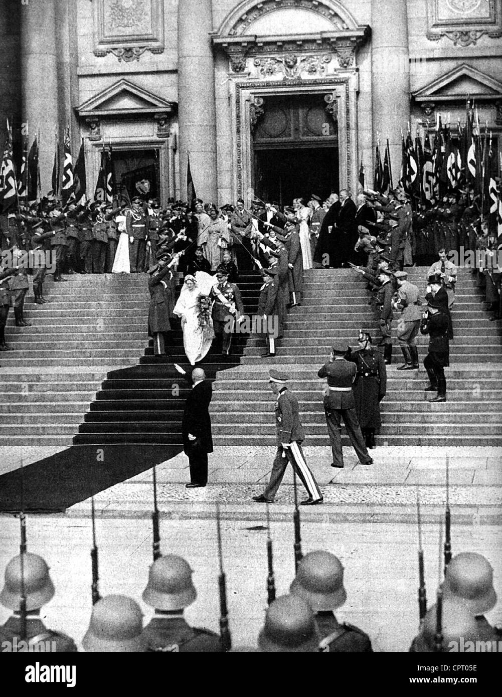 Goering, Hermann, 12.1.1893 - 15.10.1946, Nazi politician, Reich Marshall, scene, his wedding with Emmy Sonnemann, - Stock Image
