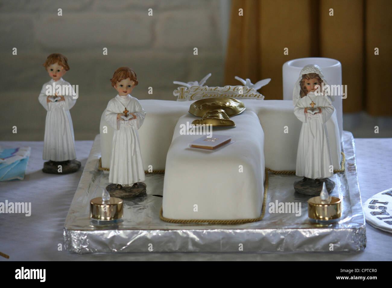 Communion Cake Stock Photos & Communion Cake Stock Images