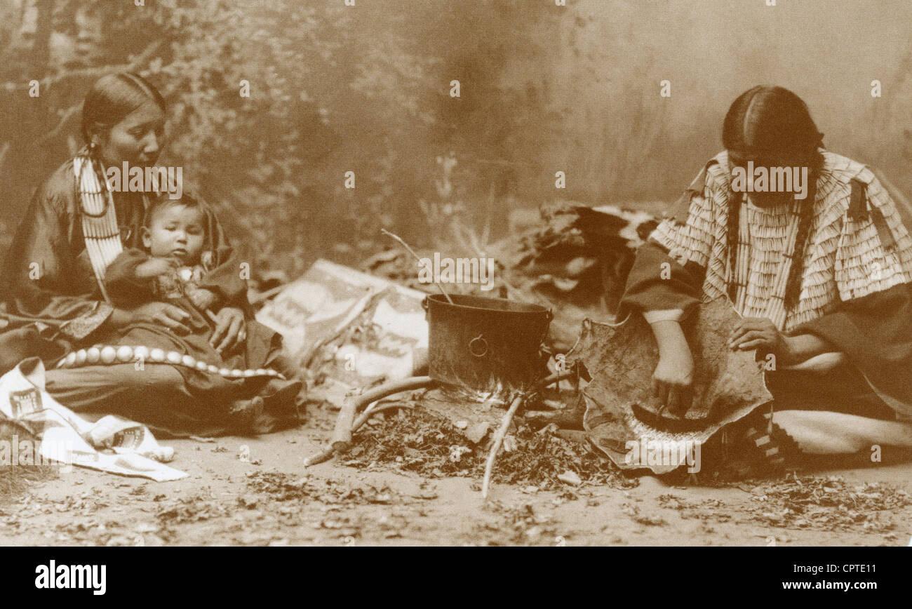 Sioux Indian preparing dinner, Dakota, 1899, USA Stock Photo