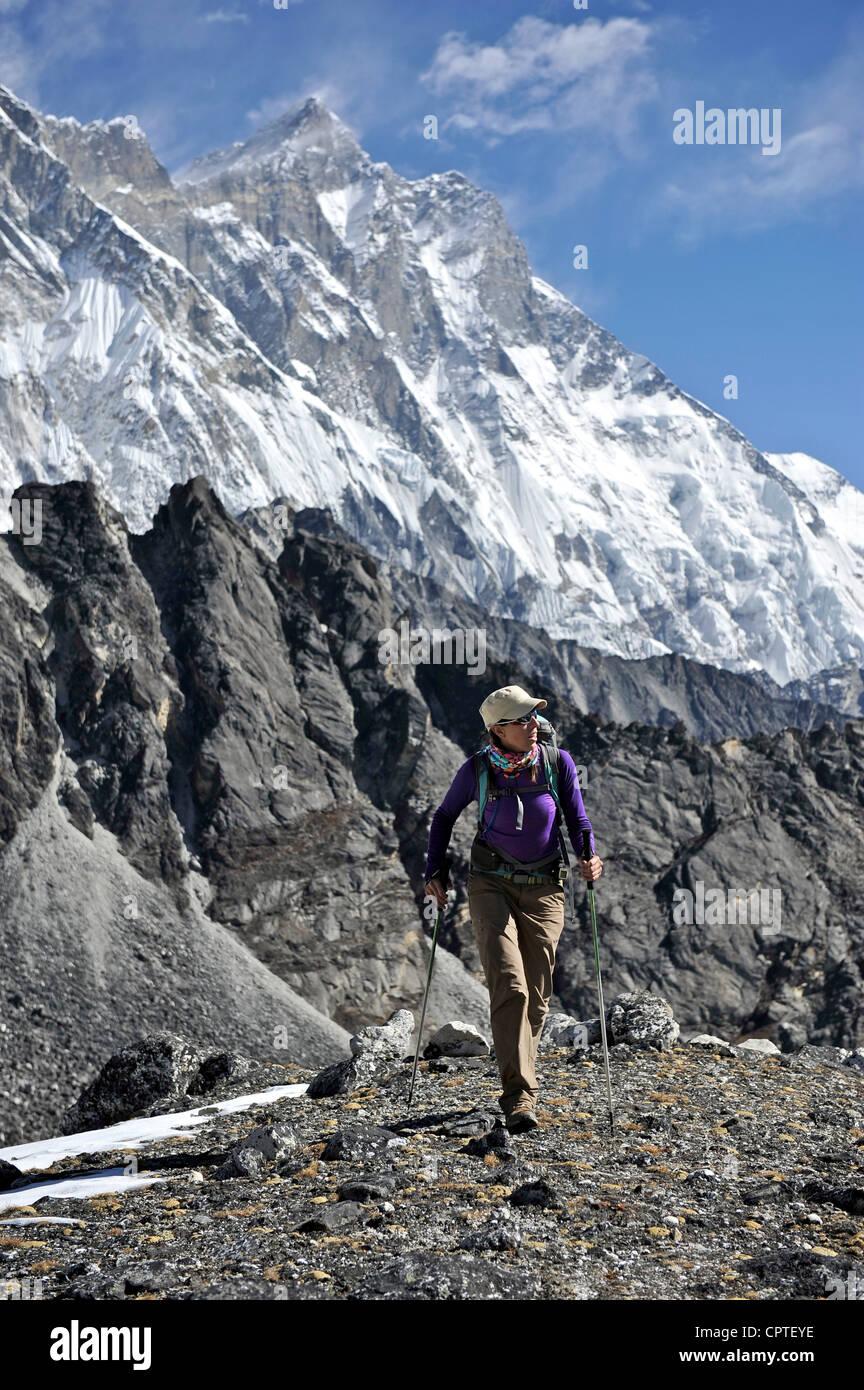 Female trekker, Chhukung, Nepal - Stock Image