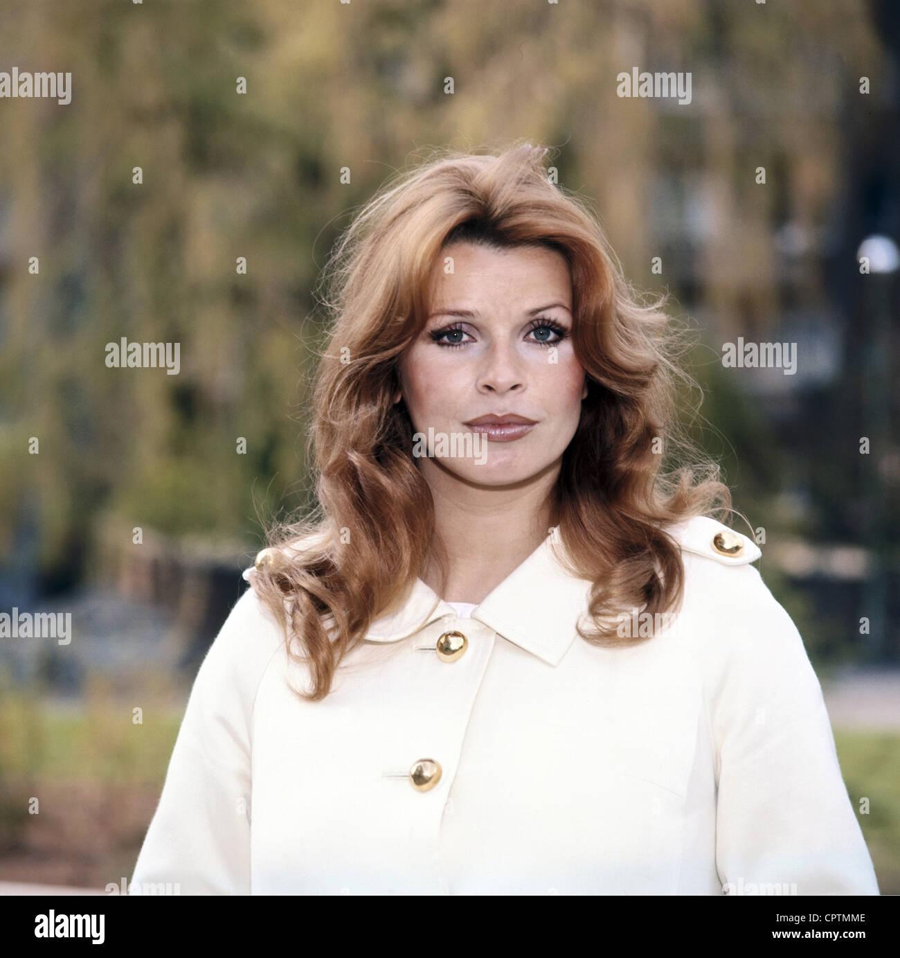 Berger, Senta, * 13.5.1941, Austrian actress, , Stock Photo