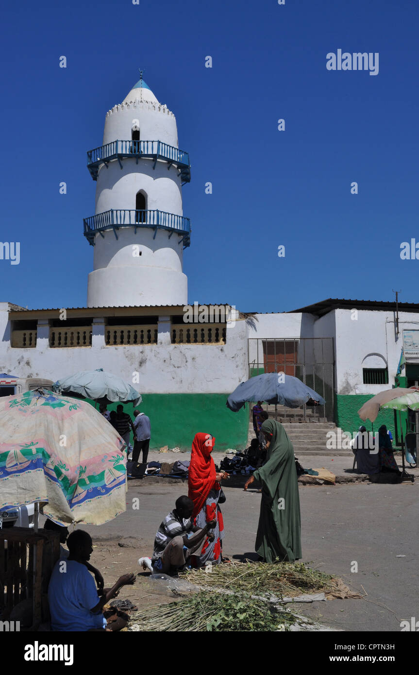 Marketplace outside the Hamoudi mosque, Djibouti City - Stock Image