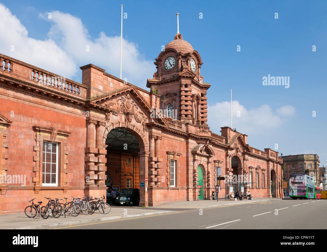 Nottingham midland railway station front entrance Nottingham Nottinghamshire East Midlands England GB UK EU Europe - Stock Image