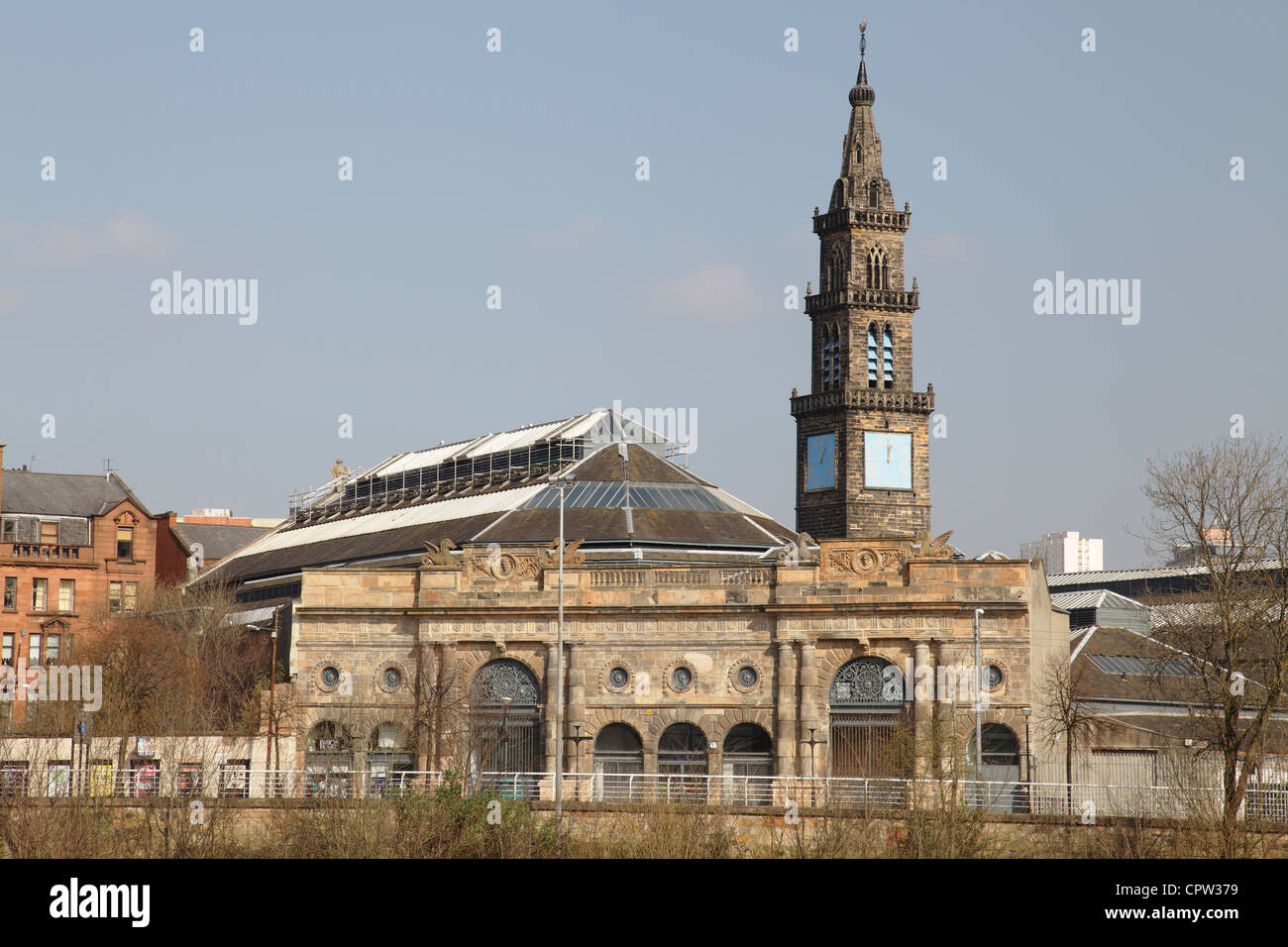 The Merchant Steeple and the old Fish Market in the Briggait area of Glasgow, Scotland, UK - Stock Image