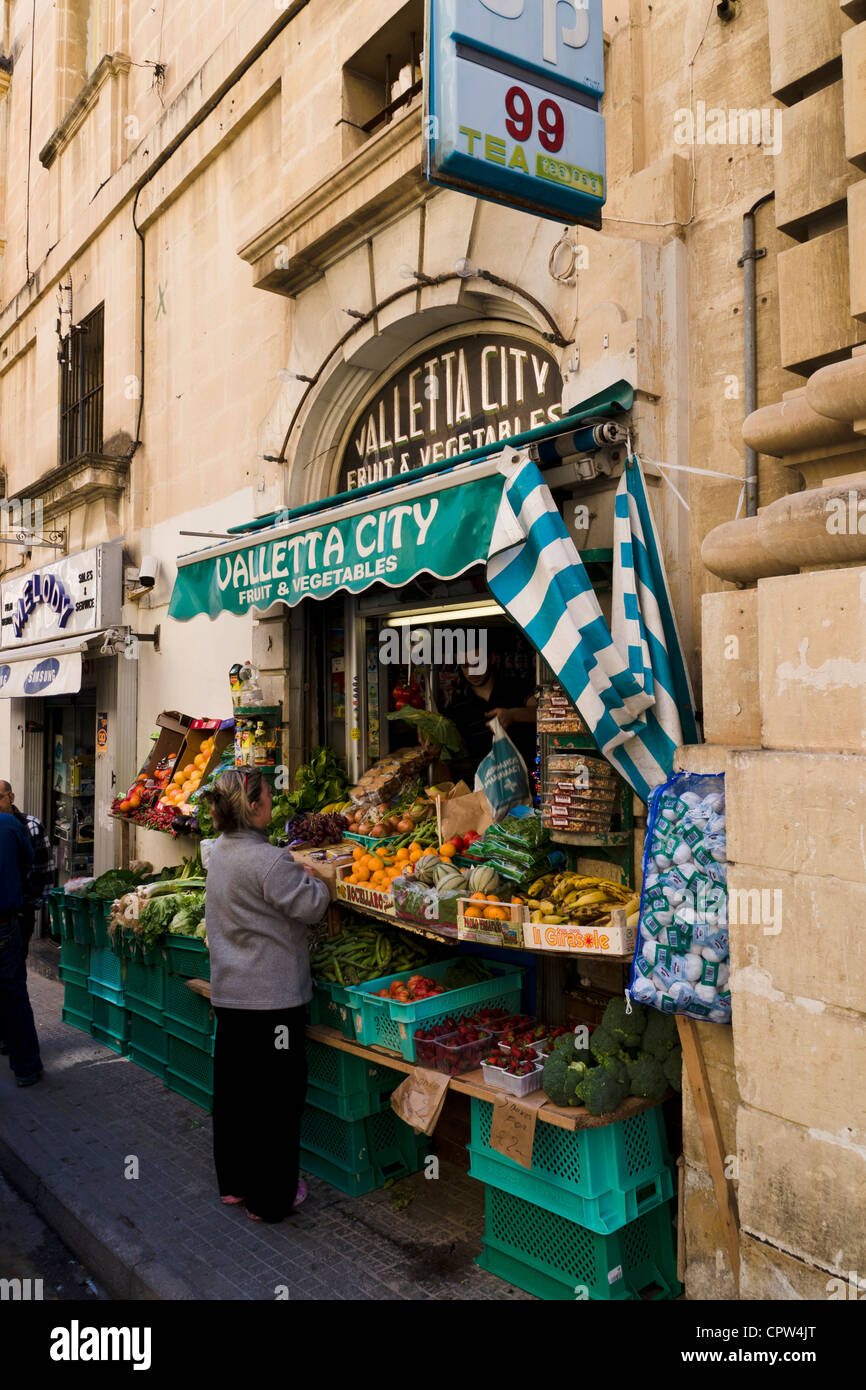Fruit and vegetable shop in Valletta, Malta. - Stock Image