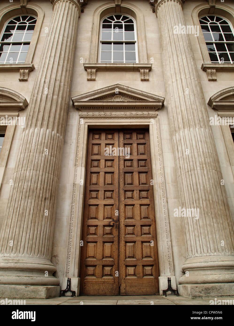 Pembroke College entrance, Cambridge - Stock Image
