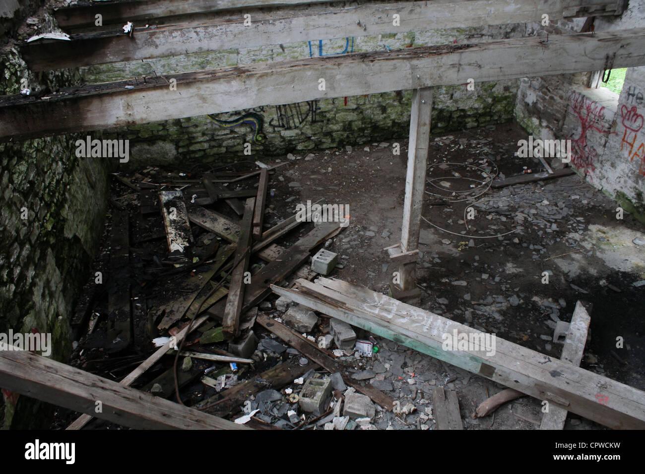 demolish abandon warehouse - Stock Image