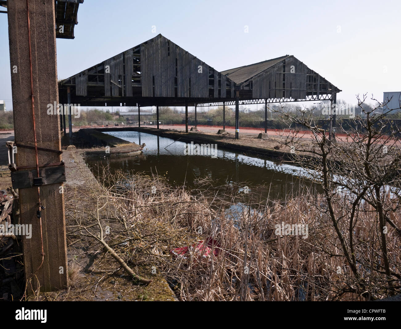 Chillington Wharf, a derelict Grade II listed 19th century canal-railway cargo interchange basin in the city of - Stock Image