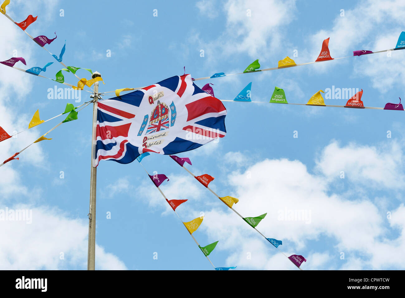 UK Jubilee Flag and Olympic Games 2012 bunting - Stock Image