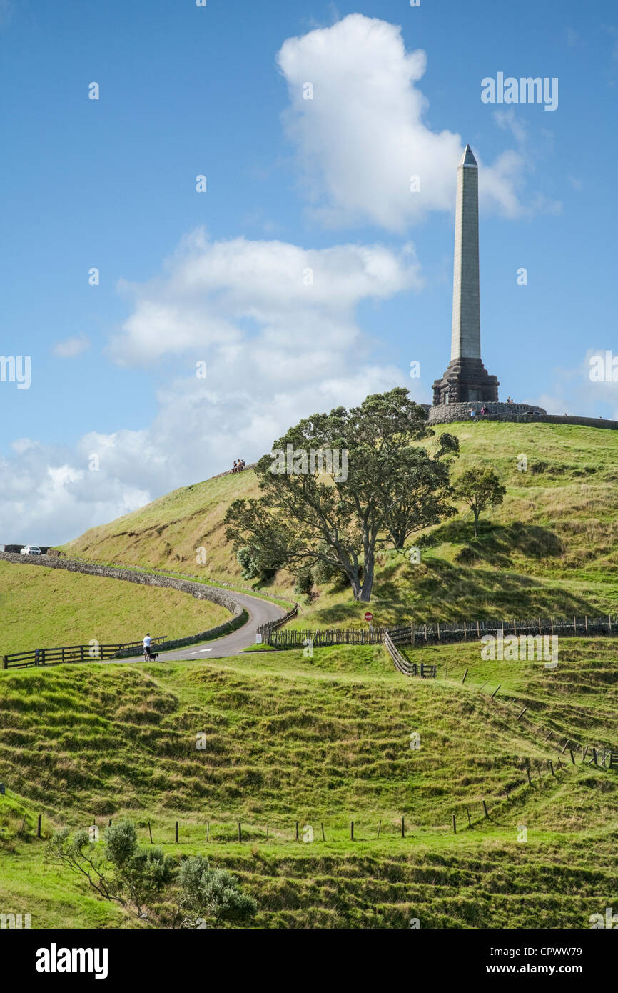 Famous Auckland landmark, One Tree Hill on a beautiful summer afternoon. - Stock Image
