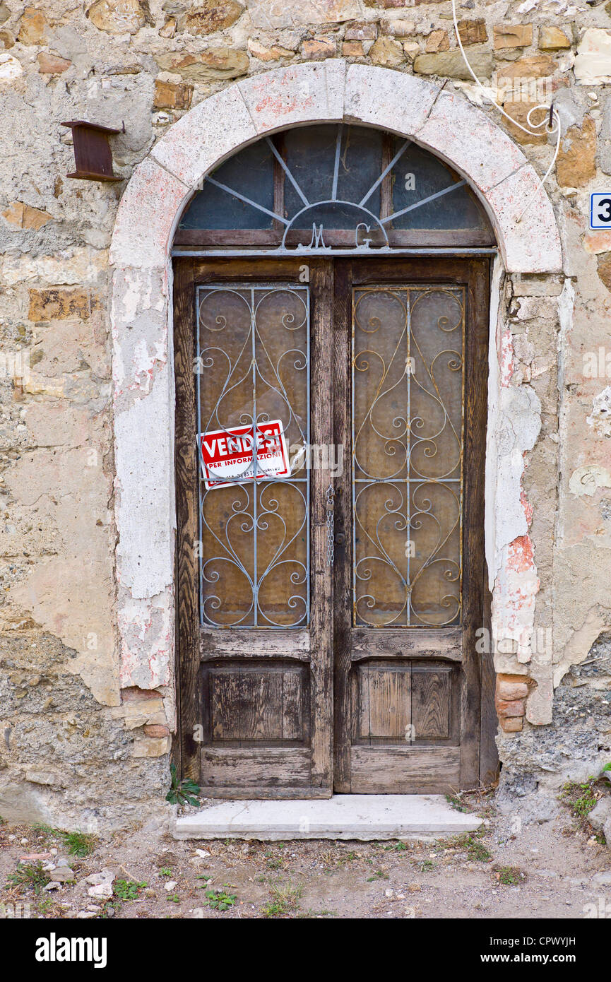 House for sale in Comune di Montalcino, Val D'Orcia,Tuscany, Italy - Stock Image