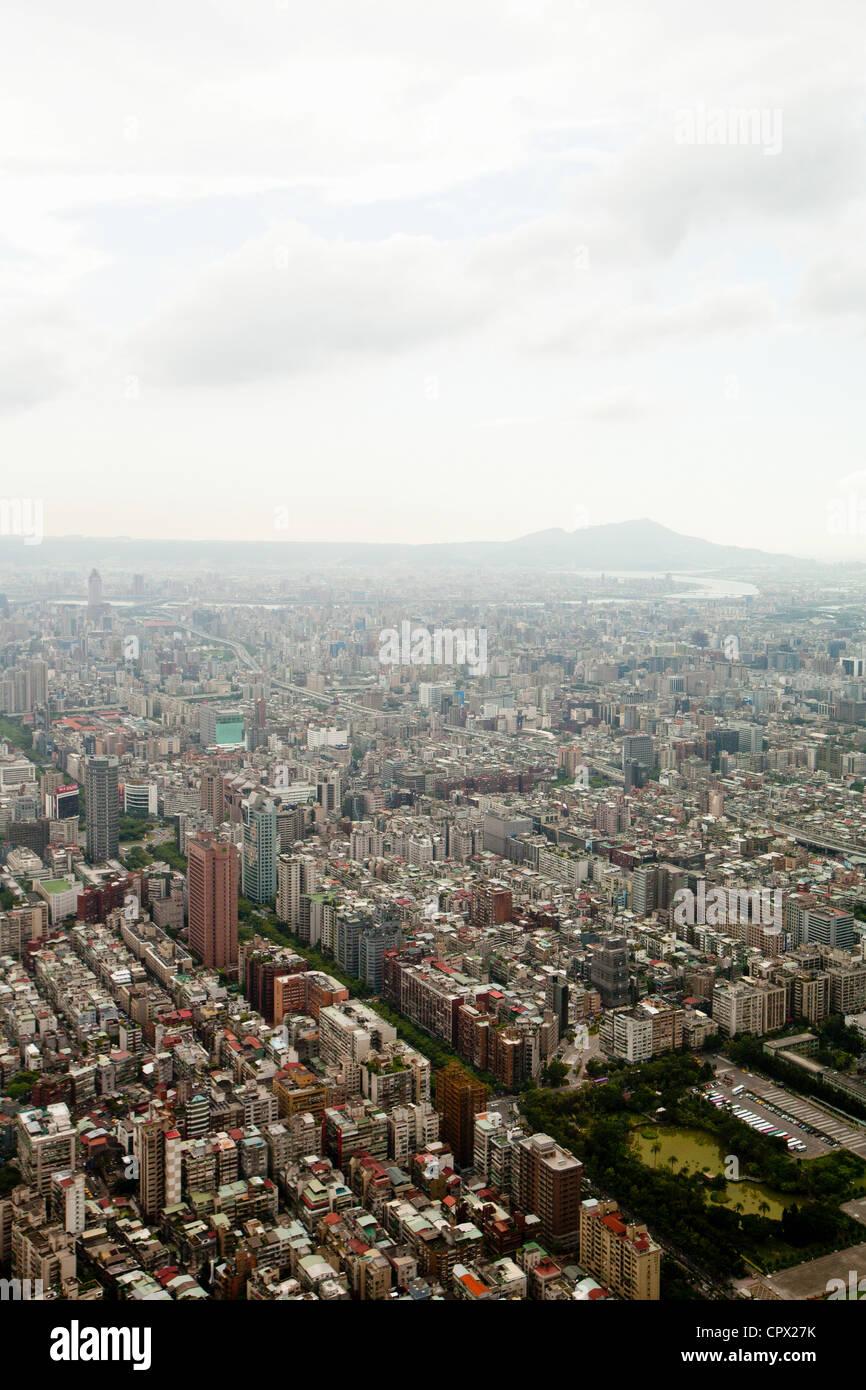 Downtown Taipei viewed from Taipei 101 Tower, Taiwan - Stock Image