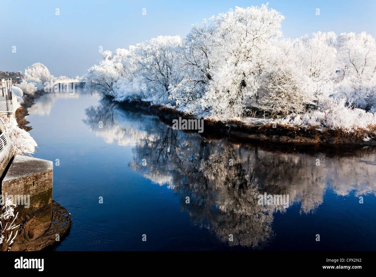 River shannon in winter, munster, limerick, ireland - Stock Image