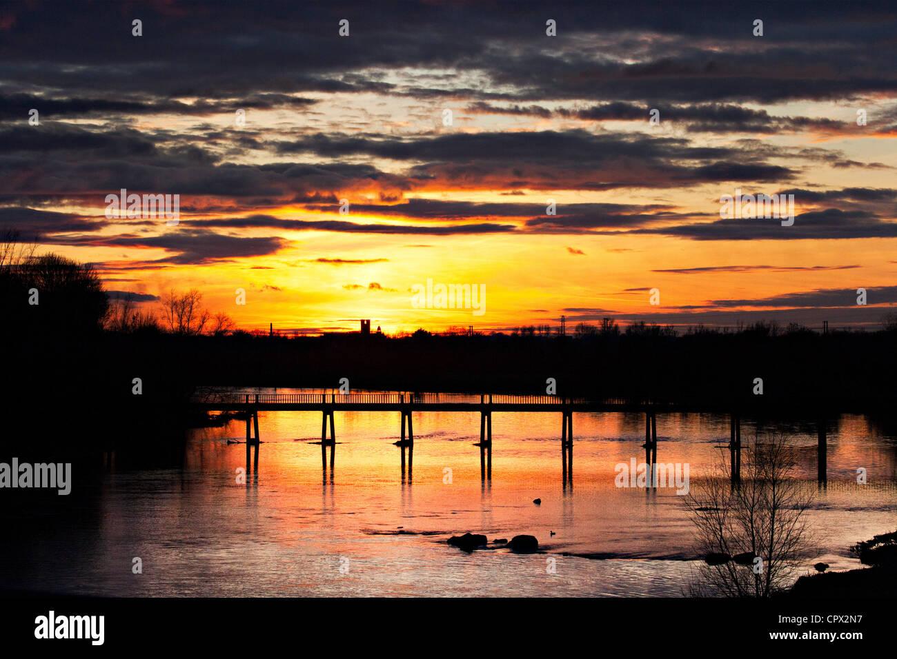 Sunset over river shannon, limerick, munster, ireland - Stock Image