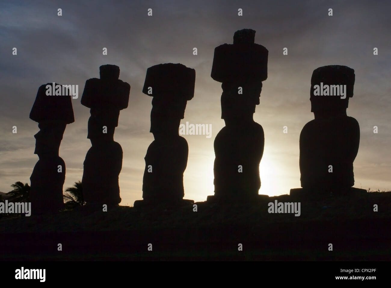 Moai statues, ahu nau nau, easter island, polynesia - Stock Image
